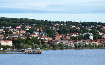 Stadsvy över Ulricehamn och Åsunden