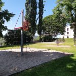 En bild på en lekplats